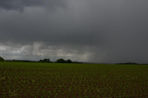 Pluie et soleil sur la campagne brabançonne